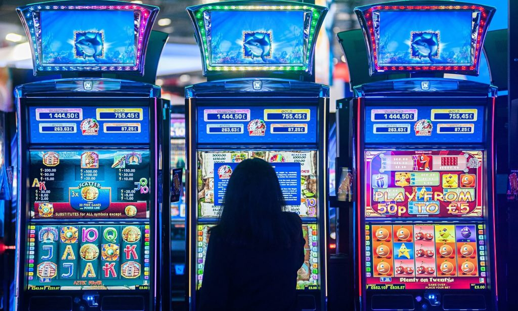 Online Casino Answered And Why Essential To Read Each Phrase Of This Report